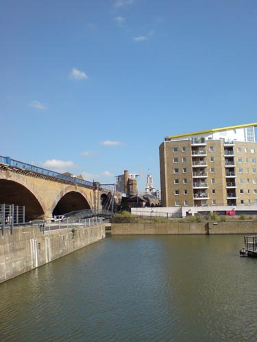 Approach from Limehouse